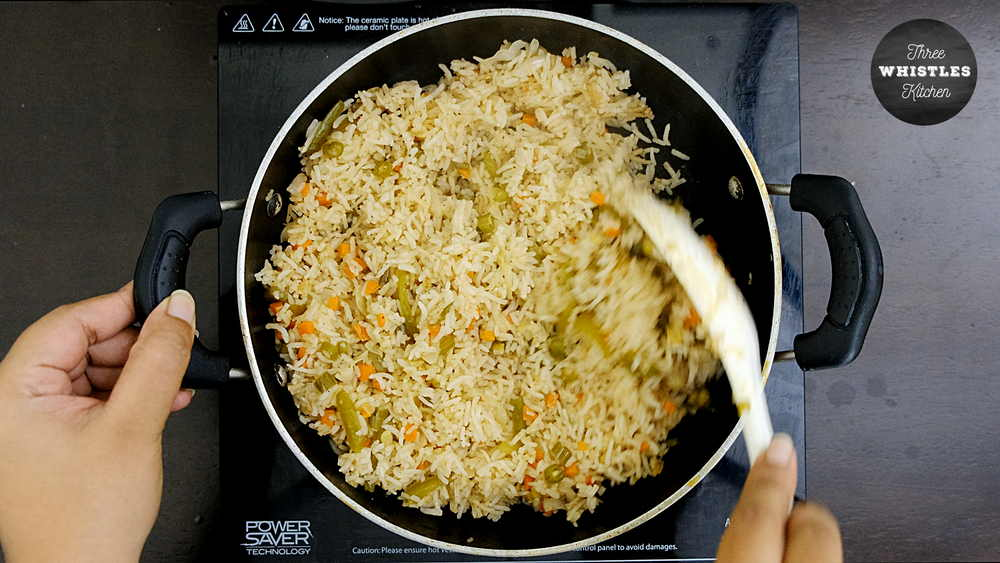 indian egg fried rice mix gently