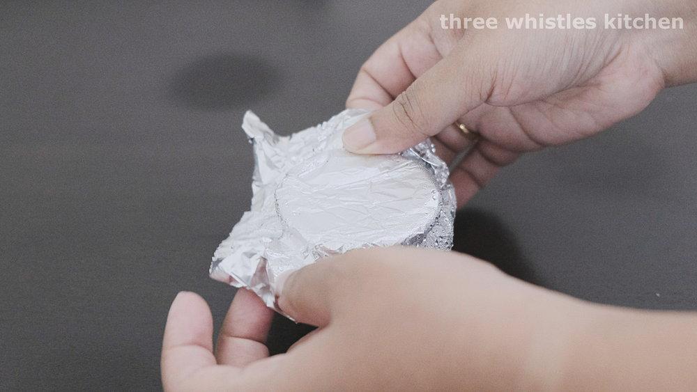 remove foil