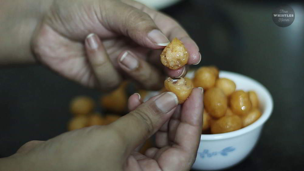 juicy tasty thaen mittai